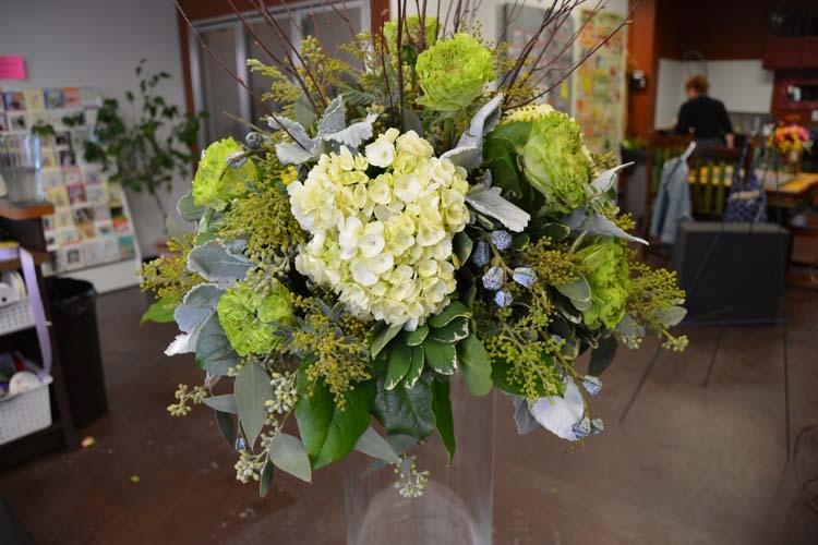 Ceremony & Reception Wedding Flowers 3