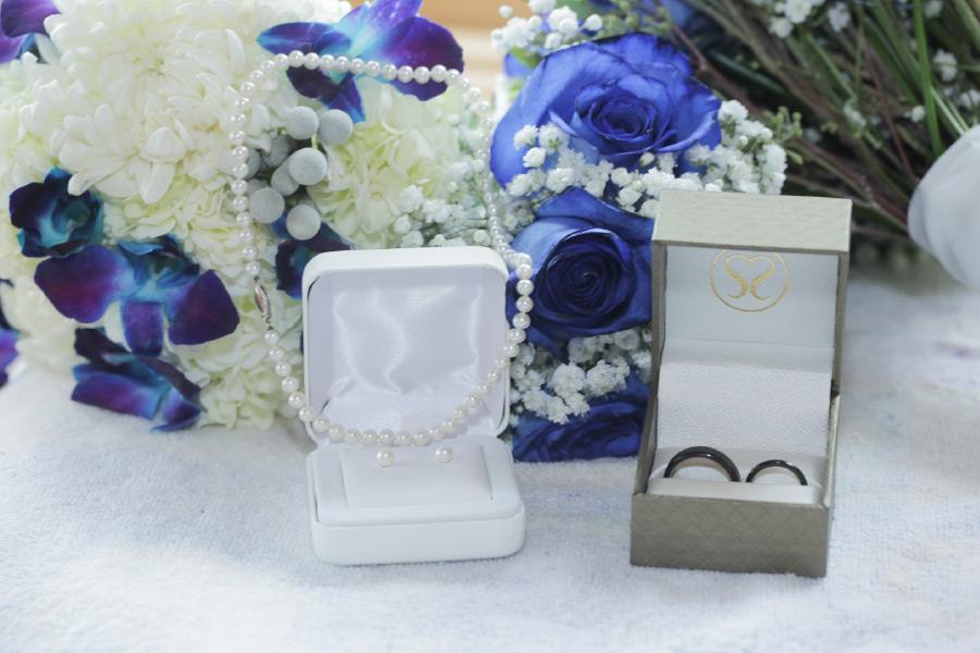 marry-me-floral-bridal-bouquet-blue-flowers-mchenry-4