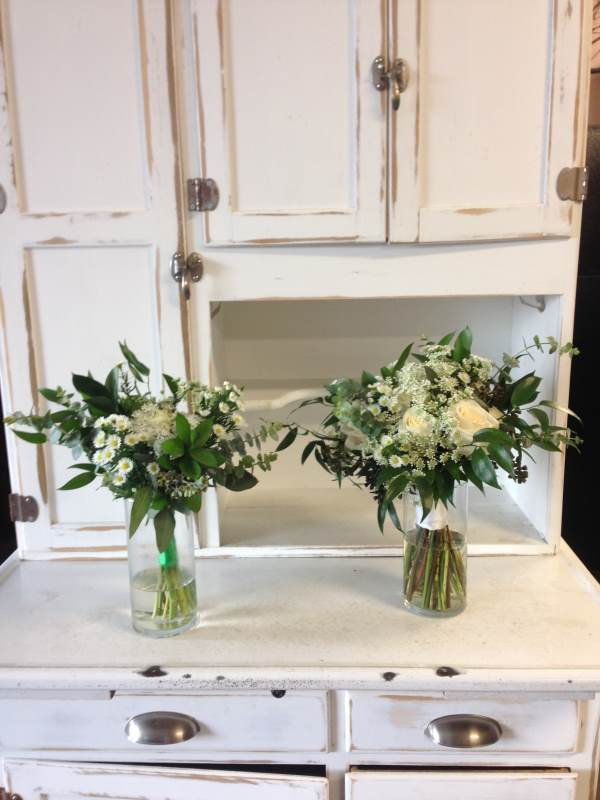 marry-me-floral-bouquet-white and green flowers- Hoffman estates-IL