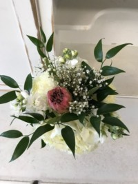 marry-me-floral-wedding-bouquet-pink-white-green-limarry-me-floral-wedding-bouquet-white-pink-green-lincolnshire-il