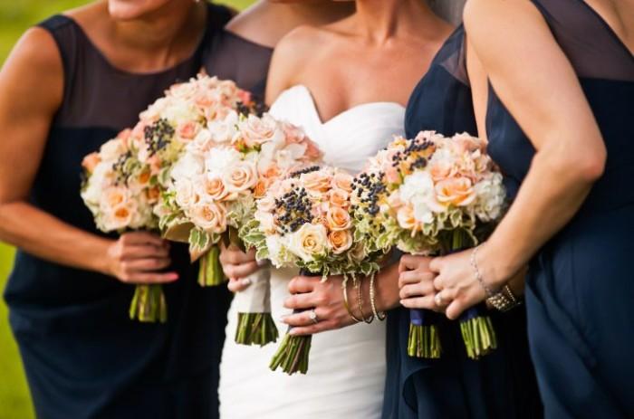 Rae romantic collection bride & bridesmaid bouquet